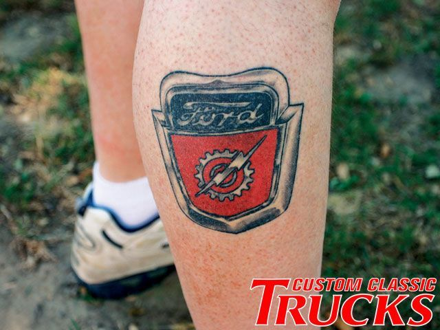 classic-leg-tattoo-of-car